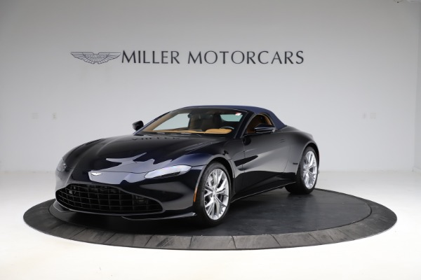 New 2021 Aston Martin Vantage Roadster Convertible for sale $205,686 at Alfa Romeo of Greenwich in Greenwich CT 06830 24