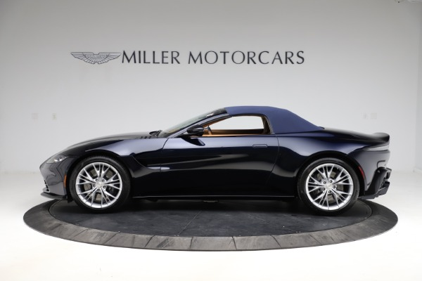 New 2021 Aston Martin Vantage Roadster Convertible for sale $205,686 at Alfa Romeo of Greenwich in Greenwich CT 06830 25