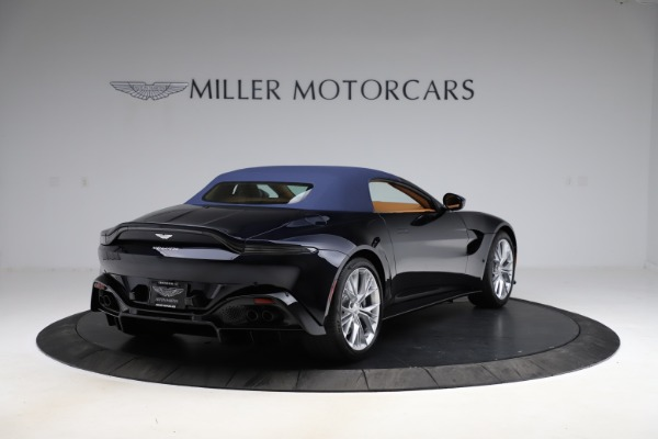 New 2021 Aston Martin Vantage Roadster Convertible for sale $205,686 at Alfa Romeo of Greenwich in Greenwich CT 06830 27