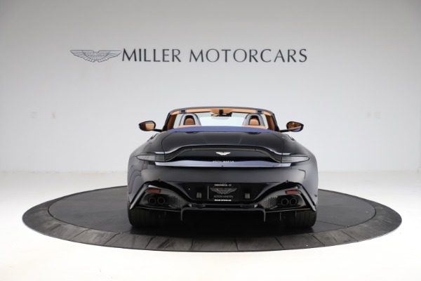 New 2021 Aston Martin Vantage Roadster Convertible for sale $205,686 at Alfa Romeo of Greenwich in Greenwich CT 06830 5