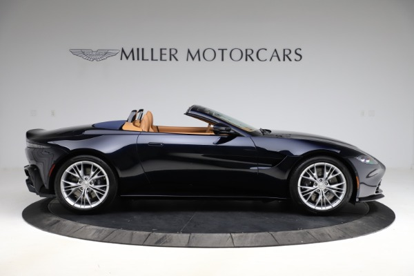 New 2021 Aston Martin Vantage Roadster Convertible for sale $205,686 at Alfa Romeo of Greenwich in Greenwich CT 06830 8