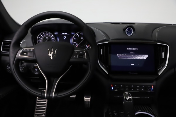 New 2021 Maserati Ghibli S Q4 GranSport for sale $98,125 at Alfa Romeo of Greenwich in Greenwich CT 06830 16