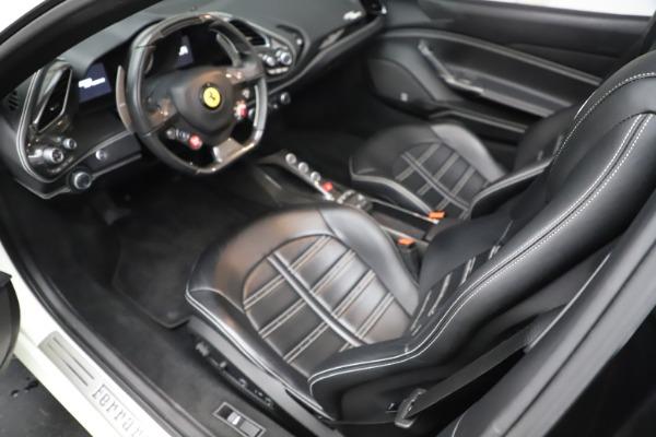 Used 2017 Ferrari 488 Spider for sale $289,900 at Alfa Romeo of Greenwich in Greenwich CT 06830 17