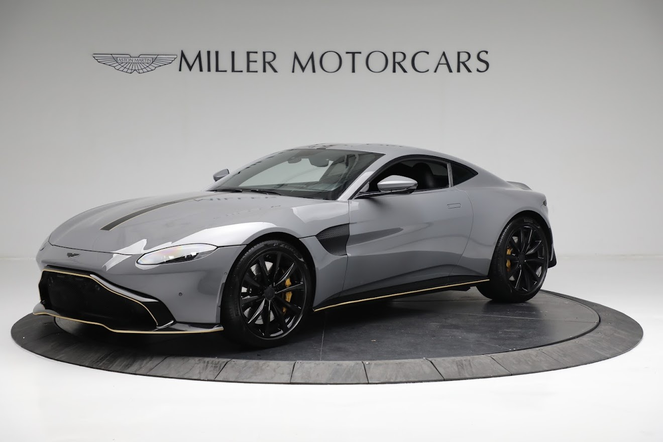 Used 2019 Aston Martin Vantage Coupe for sale $129,900 at Alfa Romeo of Greenwich in Greenwich CT 06830 1