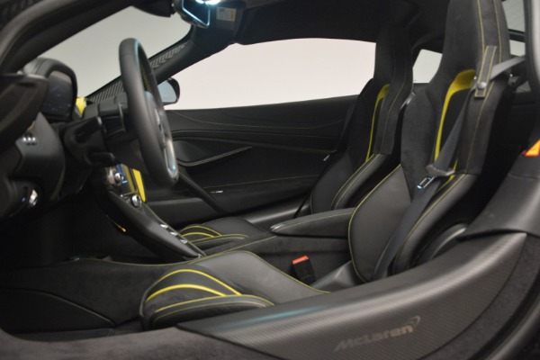 Used 2018 McLaren 720S Performance for sale $234,900 at Alfa Romeo of Greenwich in Greenwich CT 06830 19