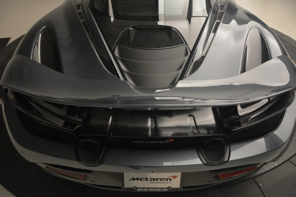 Used 2018 McLaren 720S Performance for sale $234,900 at Alfa Romeo of Greenwich in Greenwich CT 06830 26