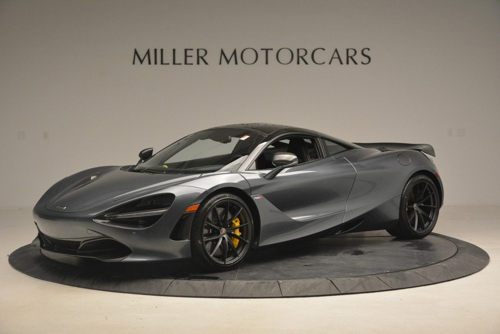 Used 2018 McLaren 720S Performance for sale $234,900 at Alfa Romeo of Greenwich in Greenwich CT 06830 1