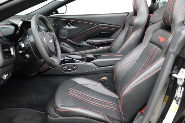 New 2021 Aston Martin Vantage Roadster Convertible for sale $189,186 at Alfa Romeo of Greenwich in Greenwich CT 06830 14