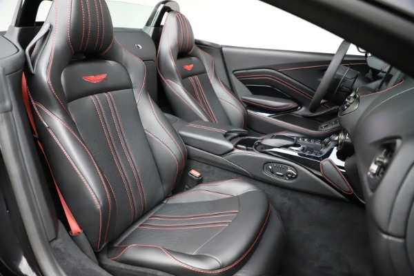 New 2021 Aston Martin Vantage Roadster for sale Sold at Alfa Romeo of Greenwich in Greenwich CT 06830 20