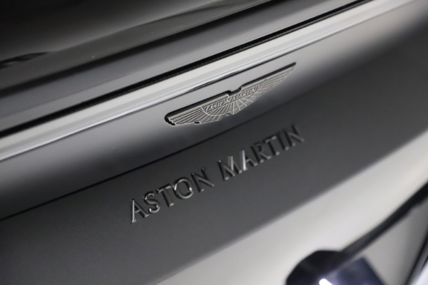 New 2021 Aston Martin Vantage Roadster Convertible for sale $189,186 at Alfa Romeo of Greenwich in Greenwich CT 06830 21