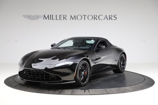 New 2021 Aston Martin Vantage Roadster Convertible for sale $189,186 at Alfa Romeo of Greenwich in Greenwich CT 06830 27