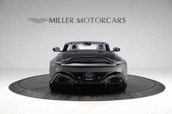 New 2021 Aston Martin Vantage Roadster Convertible for sale $189,186 at Alfa Romeo of Greenwich in Greenwich CT 06830 5