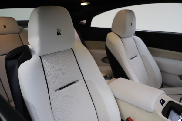 Used 2014 Rolls-Royce Wraith for sale Sold at Alfa Romeo of Greenwich in Greenwich CT 06830 14