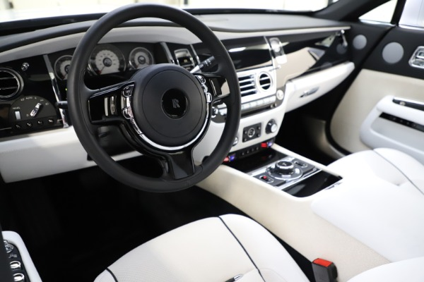 Used 2014 Rolls-Royce Wraith for sale Sold at Alfa Romeo of Greenwich in Greenwich CT 06830 15