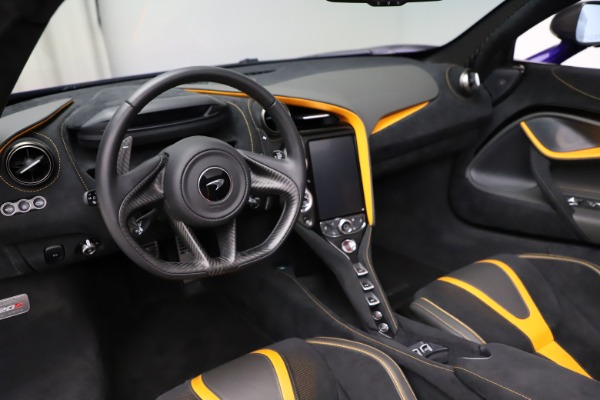 Used 2020 McLaren 720S Spider for sale Call for price at Alfa Romeo of Greenwich in Greenwich CT 06830 22