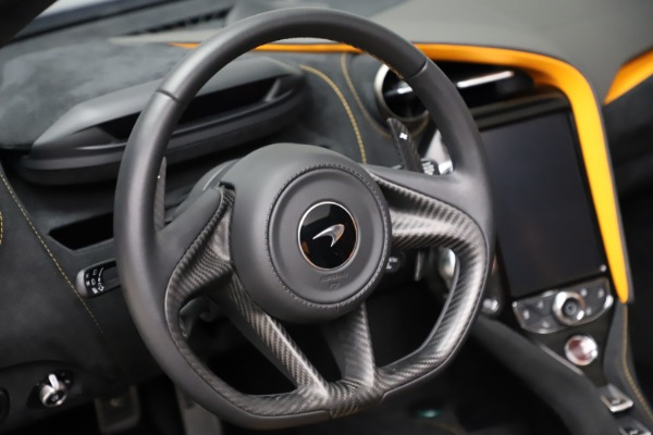 Used 2020 McLaren 720S Spider for sale Call for price at Alfa Romeo of Greenwich in Greenwich CT 06830 23