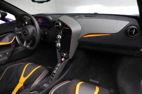 Used 2020 McLaren 720S Spider Performance for sale $324,990 at Alfa Romeo of Greenwich in Greenwich CT 06830 28