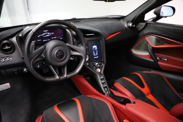 Used 2018 McLaren 720S Performance for sale $239,900 at Alfa Romeo of Greenwich in Greenwich CT 06830 16