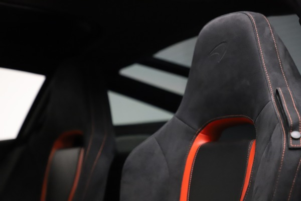 Used 2018 McLaren 720S Performance for sale $239,900 at Alfa Romeo of Greenwich in Greenwich CT 06830 19