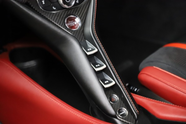 Used 2018 McLaren 720S Performance for sale $239,900 at Alfa Romeo of Greenwich in Greenwich CT 06830 21