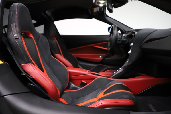 Used 2018 McLaren 720S Performance for sale $239,900 at Alfa Romeo of Greenwich in Greenwich CT 06830 24