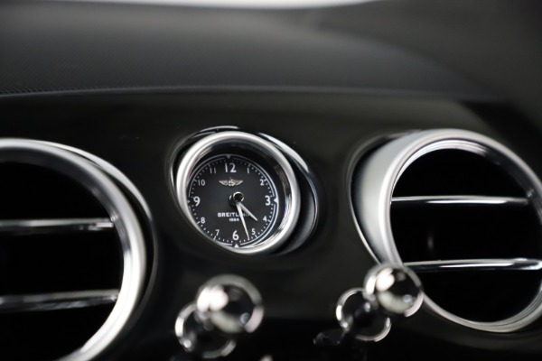 Used 2017 Bentley Continental GT V8 for sale $139,900 at Alfa Romeo of Greenwich in Greenwich CT 06830 22