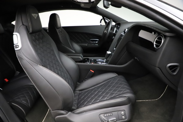 Used 2017 Bentley Continental GT V8 for sale $139,900 at Alfa Romeo of Greenwich in Greenwich CT 06830 24