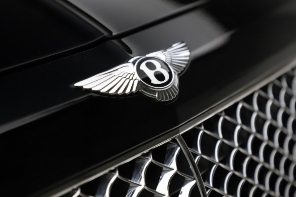 Used 2018 Bentley Bentayga W12 Signature for sale $154,900 at Alfa Romeo of Greenwich in Greenwich CT 06830 15