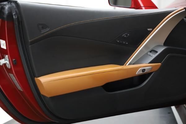 Used 2015 Chevrolet Corvette Z06 for sale $85,900 at Alfa Romeo of Greenwich in Greenwich CT 06830 20
