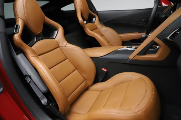 Used 2015 Chevrolet Corvette Z06 for sale $85,900 at Alfa Romeo of Greenwich in Greenwich CT 06830 25