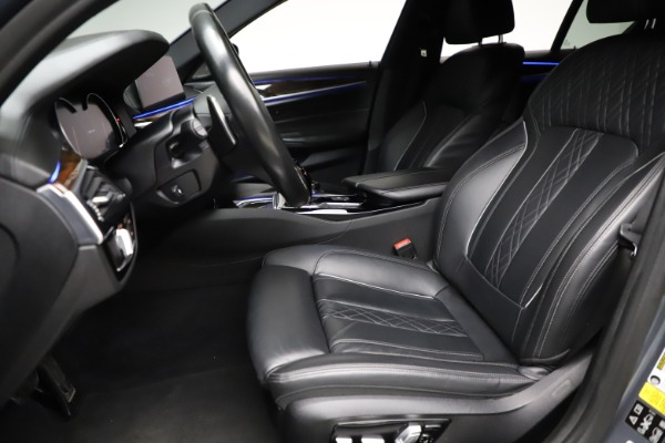 Used 2018 BMW 5 Series M550i xDrive for sale $49,900 at Alfa Romeo of Greenwich in Greenwich CT 06830 14