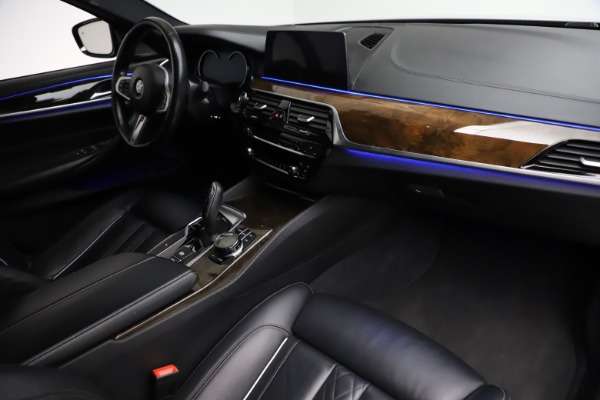 Used 2018 BMW 5 Series M550i xDrive for sale $49,900 at Alfa Romeo of Greenwich in Greenwich CT 06830 20