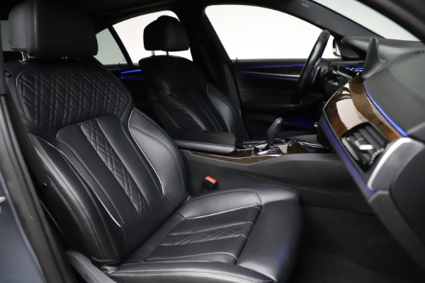 Used 2018 BMW 5 Series M550i xDrive for sale $49,900 at Alfa Romeo of Greenwich in Greenwich CT 06830 21