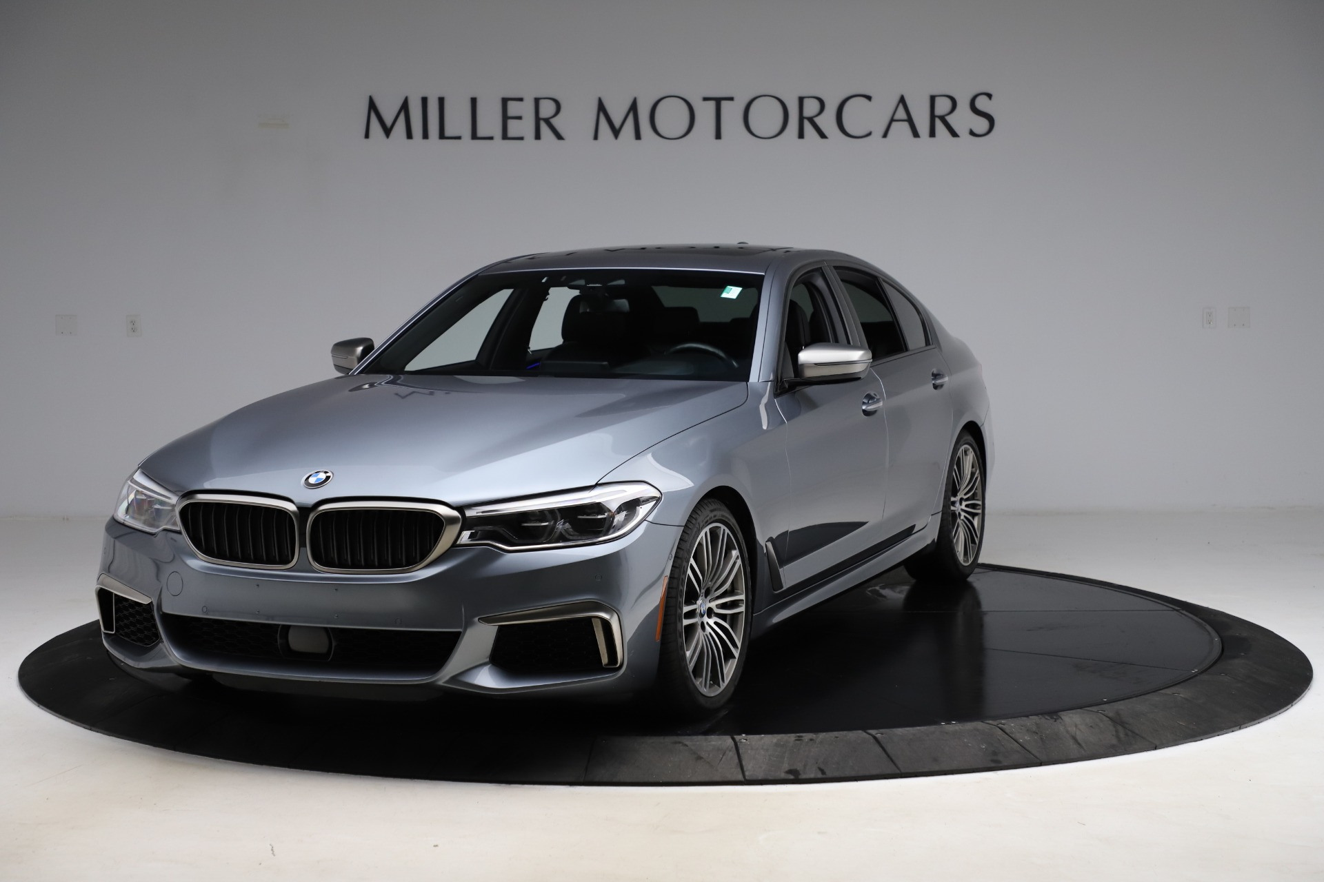Used 2018 BMW 5 Series M550i xDrive for sale $49,900 at Alfa Romeo of Greenwich in Greenwich CT 06830 1