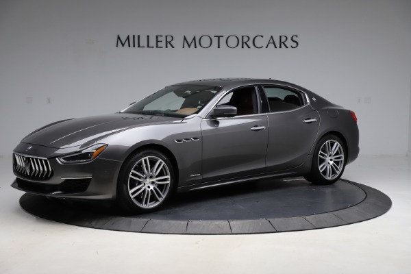 Used 2018 Maserati Ghibli SQ4 GranLusso for sale Call for price at Alfa Romeo of Greenwich in Greenwich CT 06830 2