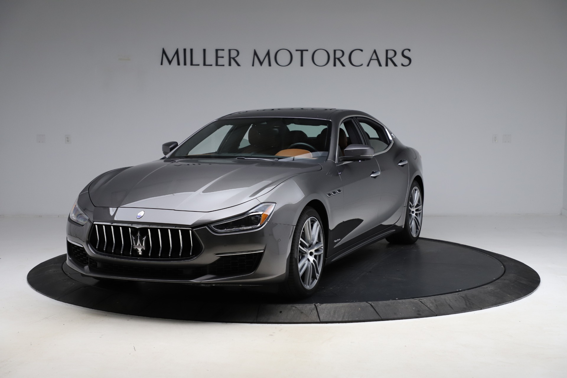 Used 2018 Maserati Ghibli SQ4 GranLusso for sale Call for price at Alfa Romeo of Greenwich in Greenwich CT 06830 1