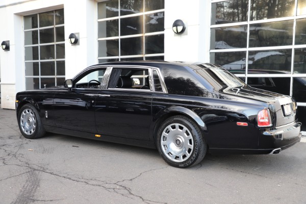 Used 2015 Rolls-Royce Phantom EWB for sale $289,900 at Alfa Romeo of Greenwich in Greenwich CT 06830 7