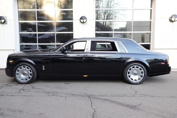 Used 2015 Rolls-Royce Phantom EWB for sale $299,900 at Alfa Romeo of Greenwich in Greenwich CT 06830 8