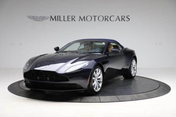 New 2021 Aston Martin DB11 Volante Convertible for sale $274,916 at Alfa Romeo of Greenwich in Greenwich CT 06830 22