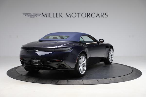 New 2021 Aston Martin DB11 Volante Convertible for sale $274,916 at Alfa Romeo of Greenwich in Greenwich CT 06830 25