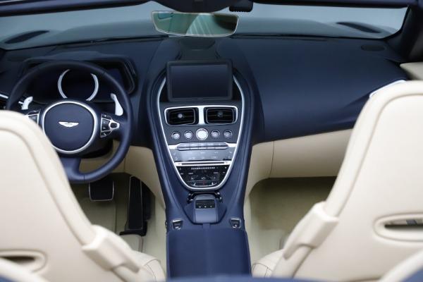 New 2021 Aston Martin DB11 Volante Convertible for sale $274,916 at Alfa Romeo of Greenwich in Greenwich CT 06830 28