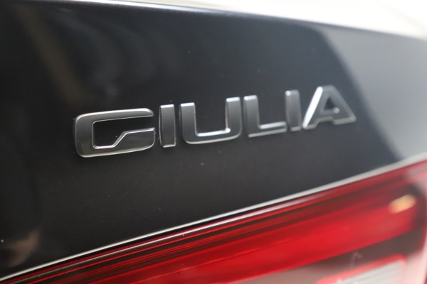 New 2021 Alfa Romeo Giulia Ti Sport Q4 for sale $56,300 at Alfa Romeo of Greenwich in Greenwich CT 06830 14
