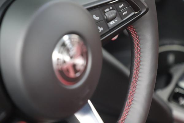 New 2021 Alfa Romeo Giulia Ti Sport Q4 for sale $56,300 at Alfa Romeo of Greenwich in Greenwich CT 06830 17