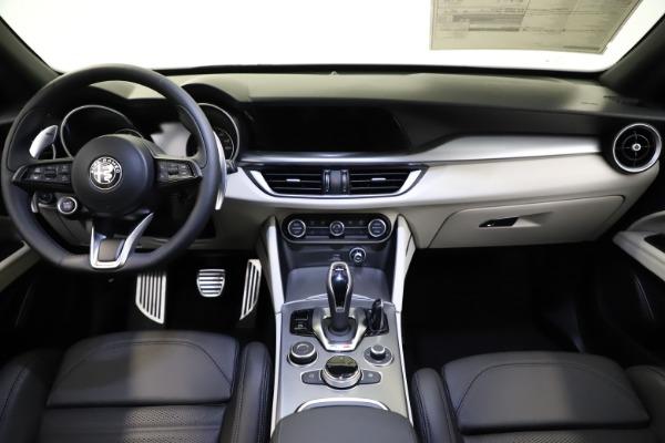 New 2021 Alfa Romeo Stelvio Ti Sport Q4 for sale Sold at Alfa Romeo of Greenwich in Greenwich CT 06830 16