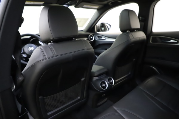 New 2021 Alfa Romeo Stelvio Ti Sport Q4 for sale $56,750 at Alfa Romeo of Greenwich in Greenwich CT 06830 20