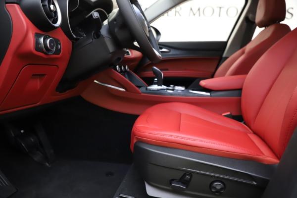 New 2021 Alfa Romeo Stelvio Q4 for sale $48,645 at Alfa Romeo of Greenwich in Greenwich CT 06830 13