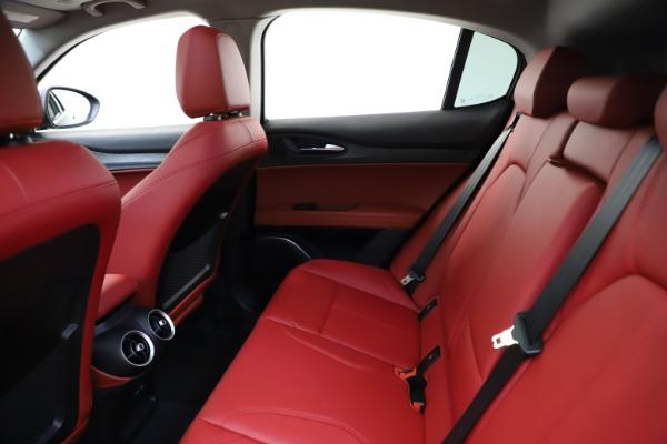 New 2021 Alfa Romeo Stelvio Q4 for sale $48,645 at Alfa Romeo of Greenwich in Greenwich CT 06830 18