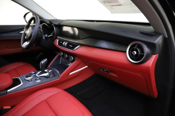New 2021 Alfa Romeo Stelvio Q4 for sale $48,645 at Alfa Romeo of Greenwich in Greenwich CT 06830 21