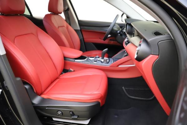 New 2021 Alfa Romeo Stelvio Q4 for sale $48,645 at Alfa Romeo of Greenwich in Greenwich CT 06830 23