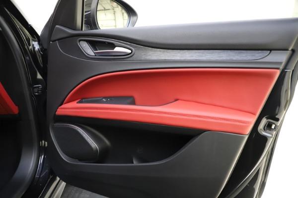 New 2021 Alfa Romeo Stelvio Q4 for sale $48,645 at Alfa Romeo of Greenwich in Greenwich CT 06830 24